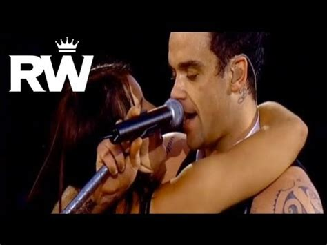 Robbie Williams | 'Come Undone' | Live at Knebworth: 2003